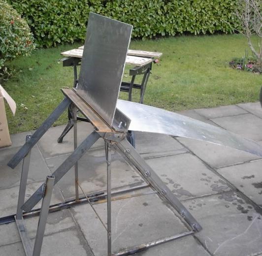 Листогибочный станок для гиба покрашенных стальных листов.