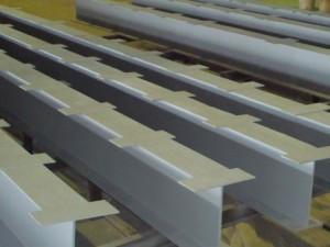 izgotovleniye-metallokonstruktsiy-spb-profil-dlya-bystrovozvodimogo-zdaniya