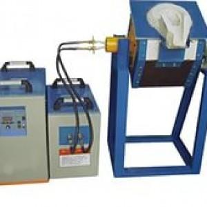 Тиристорная индукционная плавильная печь с ёмкостью плавильного узла от 100 до 5000 кг.