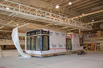 Строительство модуля на домостроительном комбинате.